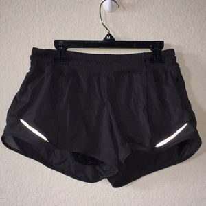 Lululemon 2.5 in Hotty Hot Short *liner is cut out